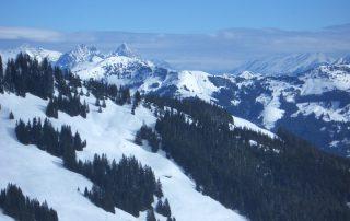 Bergpanorama im Winter in Kirchberg in Tirol