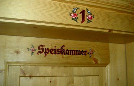 Zimmertür Speiskammer am Peternhof in Kirchberg in Tirol